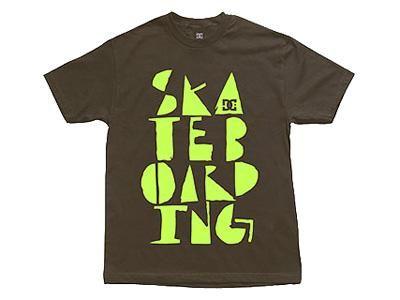 DC T-Shirt Typeset Chocolate S