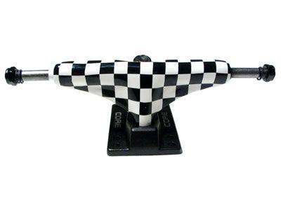 Core Trucks Skateboard Achse checkered/schwarz 5.0
