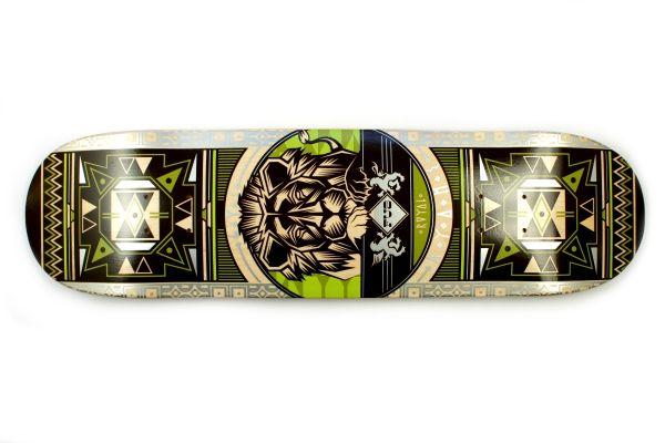 FUA Lion green Skateboard Deck 7.88