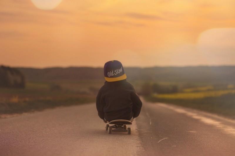 media/image/skateboard-331751_1920.jpg
